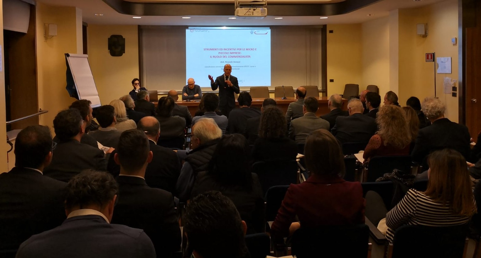 Italian SMEs companies go international. A conference featuring pragmatic pointers on how to do it effectively.